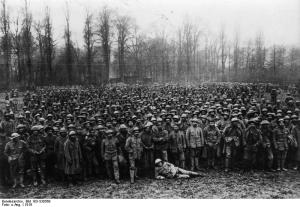 Soldados portugueses num campo de prisioneiros na frente ocidental (1918)  Bundesarchiv